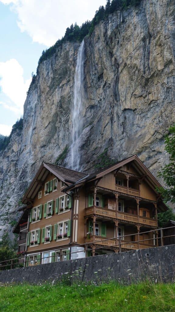 Staubbachfall שוויץ