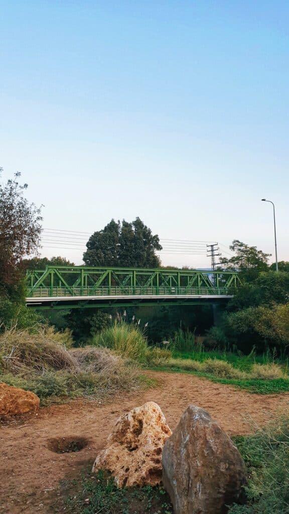 הגשר הירוק שדה נחמיה נהר הירדן