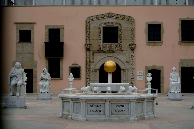 מוזיאון ראלי קיסריה - פסלים